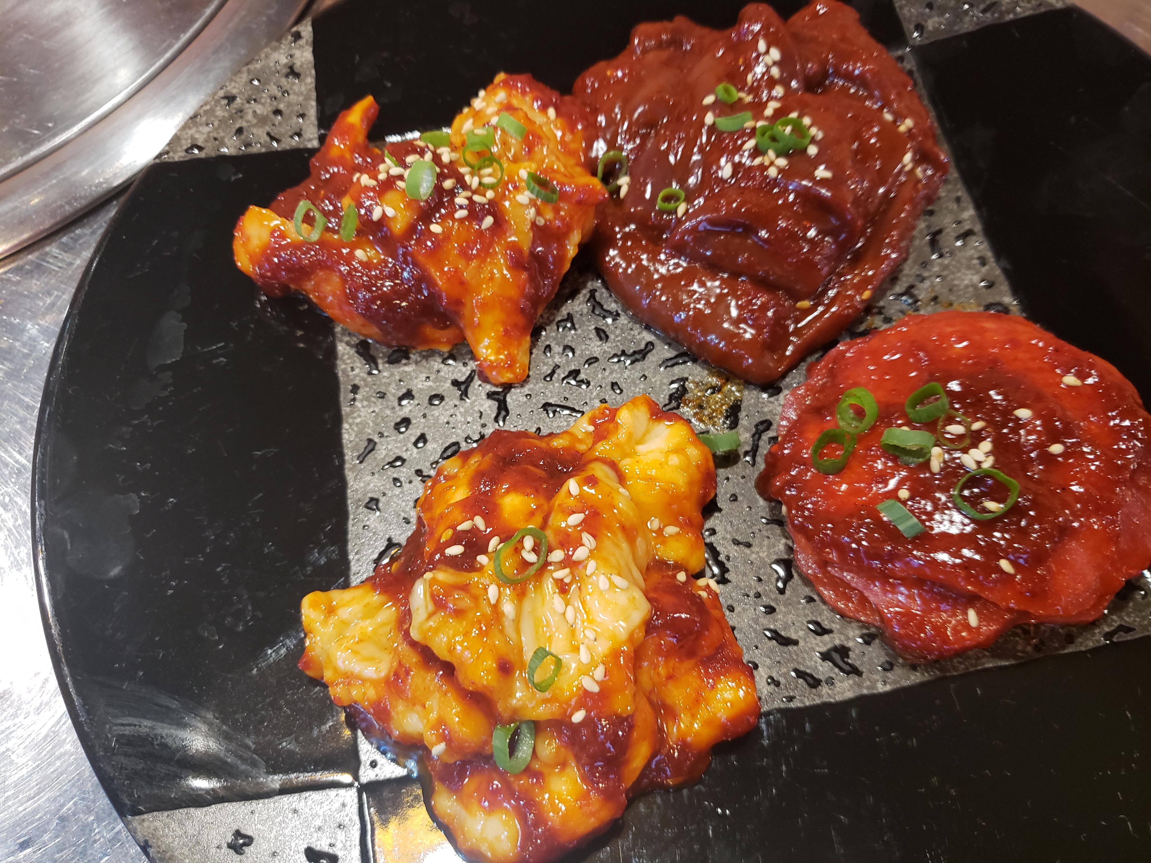 ピリ辛で飽きないお味!「赤味噌セット」